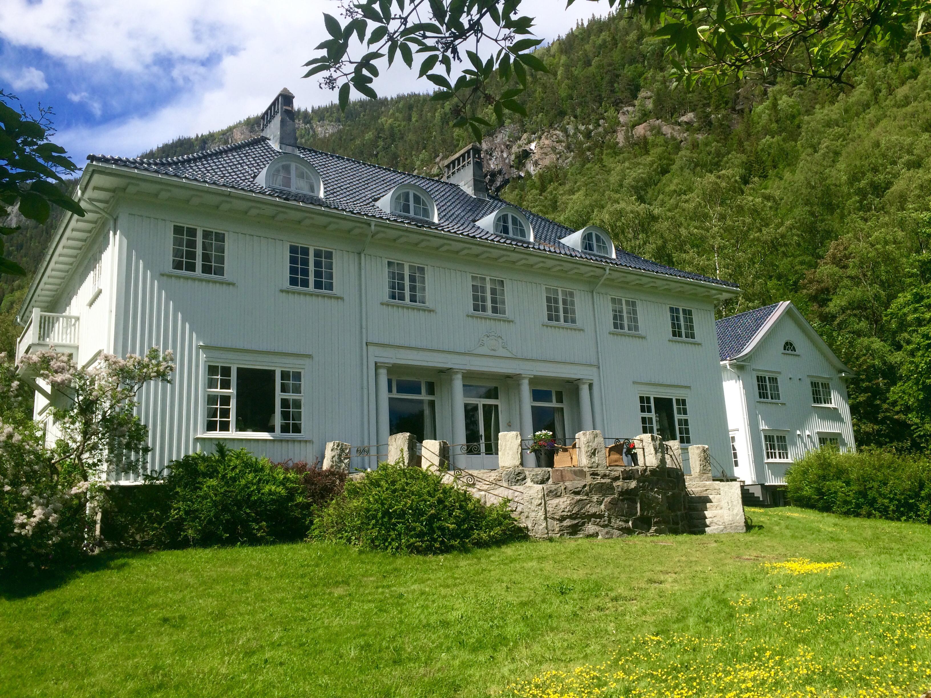 Rjukan Admini var tidligere Hydros representasjonsbolig og kun spesielt utvalgte har fått bo her. , © Fotograf Jacobsen