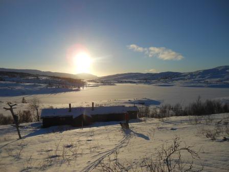 Lågvassbu vinterstid. Copyright: Steinkjer Kommuneskoger