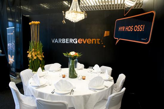 Bordet är dukat för en trevlig middag på Varberg Event.