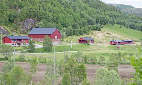 Lonin Gård og Camping - overnatting