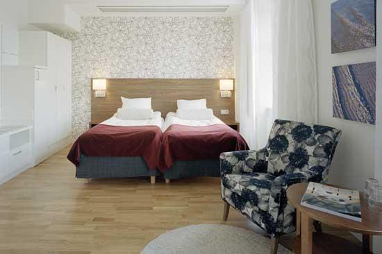 Bo i bekväma och sköna rum på Scandic Hallandia i Halmstad