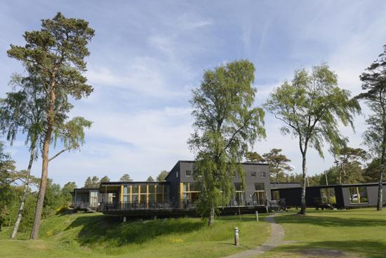 Hotell & Konferens Tylebäck ligger naturskönt 8 km från Halmstad, ett stenkast från Tylösands stränder.
