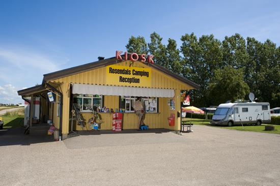 Rosendals camping ligger norr om Falkenberg