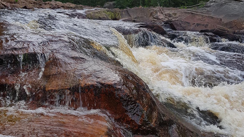 Bröstfallet Vatten