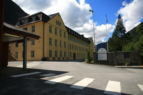 Tet ligger i området til Rjukan Næringspark, © Hans-Dieter Fleger