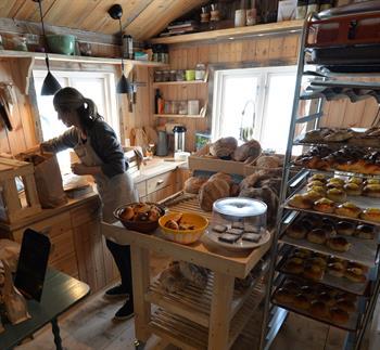 Open bakery in Tessungdalen