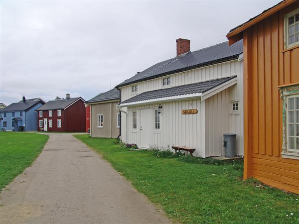 Sjøgata, Uthaug