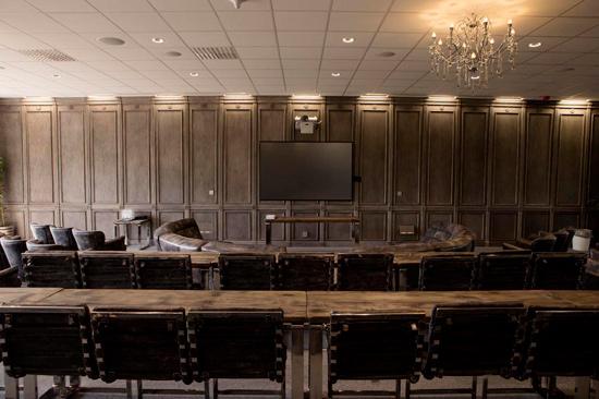 Ästad Vingård i Varbergs inland erbjuder konferenslokaler för upp till 200 deltagare.