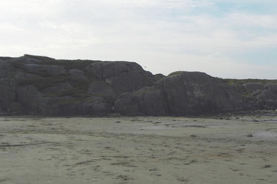 Leta reda på Trollgrottan i Salleberget i Ugglarp mellan Halmstad och Falkenberg