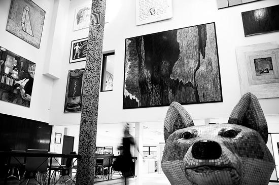 Hotel Tylösand visar skandinavisk och internationell konst på hela hotellet