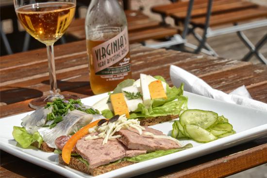 Njut av god, vällagad mat på Kvarnen Kornhult utanför Laholm