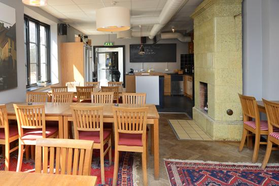 Fästningens Vandrarhem - bo & konferera, Varberg. I vandrarhemmets lokaler huserar en gourmetinriktad restaurang.
