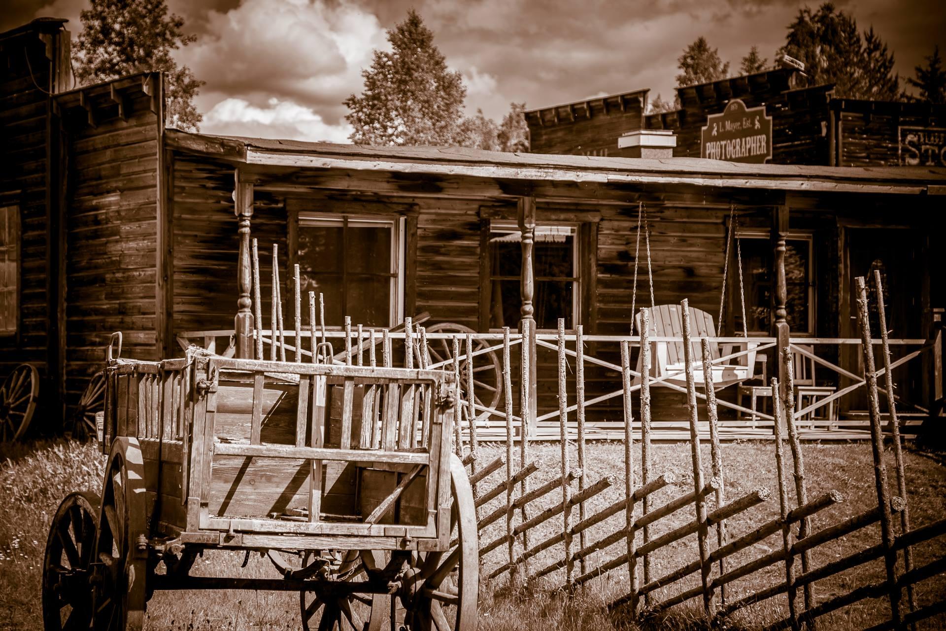 © Western Farm Village