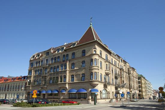 Best Western Grand Hotel Halmstad ligger vid Centralstationen i Halmstad