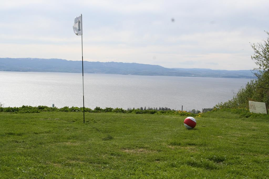 Fotball golf at Øyna - at the top of Inderøy