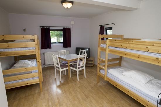 Vandrahemmet har 8 stor och ljusa rum, där två av rummen tar emot husdjur.
