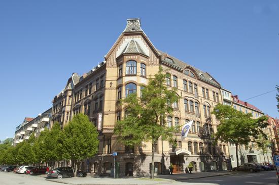 Hotel Continental Sweden Hotels ligger i centrala Halmstad, ett stenkast från tågstationen