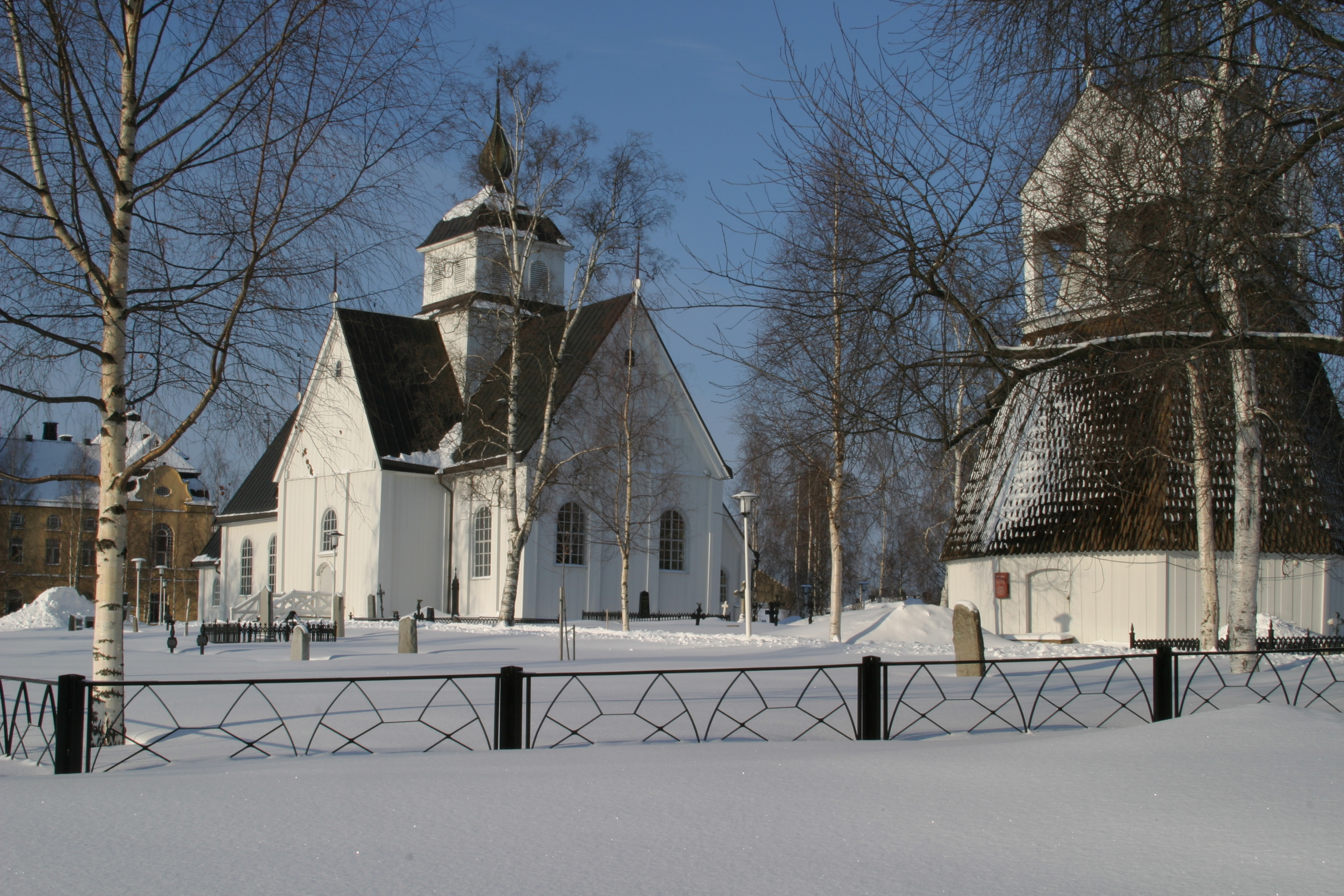 Exteriör Piteå kyrka vinter
