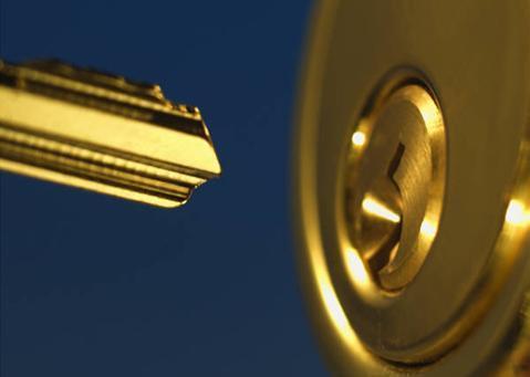 nyckel med lås, CA