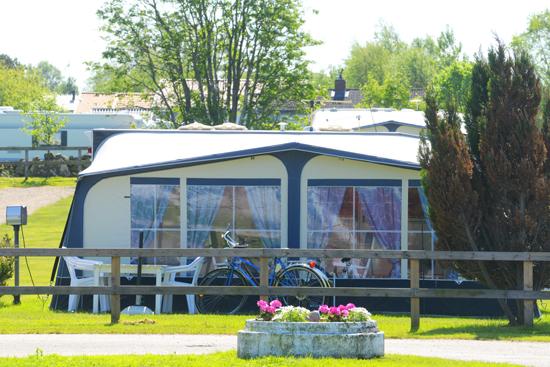 Olofsbo Camping i Falkenberg har gott om campingtomter för husvagnar, husbilar och tält.