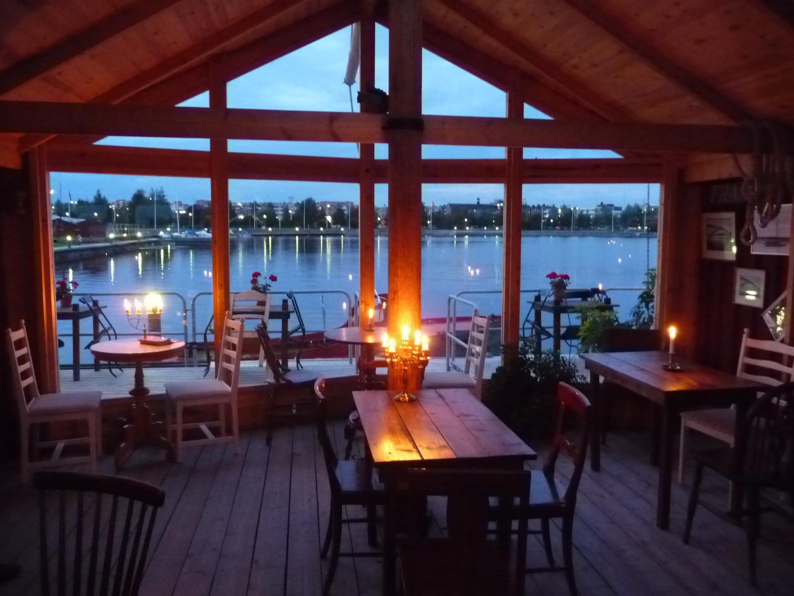 Skeppscafé, Västra Kajen Camping & Gästhamn