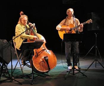 Minikonsert på Rjukan Torg - Harald Nesse duo