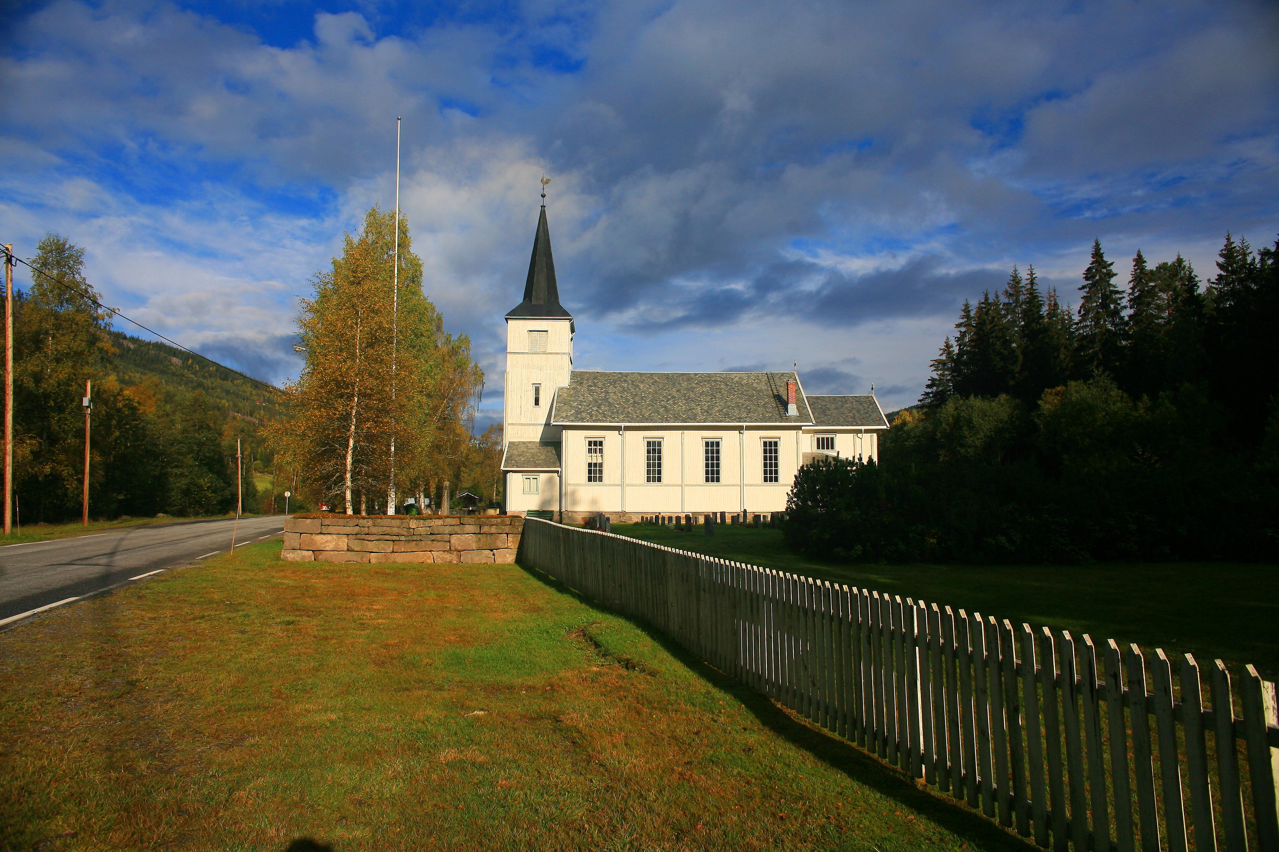 Høgmesse i Austbygde kyrkje