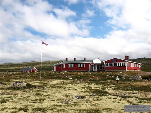 Mårbu Turisthytte finner du på Hardangervidda. Båt går fra Synken., © Mårbu Turisthytte