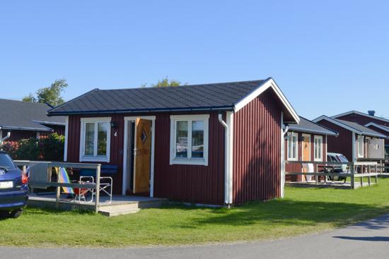 På Hansagårds Camping, Falkenberg, finns 9 välutrustade stugor att hyra