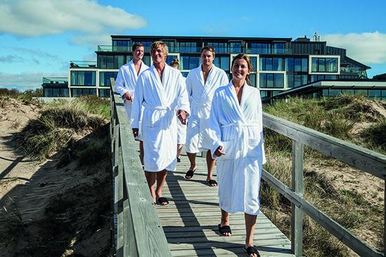 Konferensgrupp i badrock på Hotel Tylösand