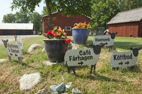 Öströö Fårfarm utanför Varberg är en gårdsbutik med mat och upplevelser mitt i den halländska bokskogen