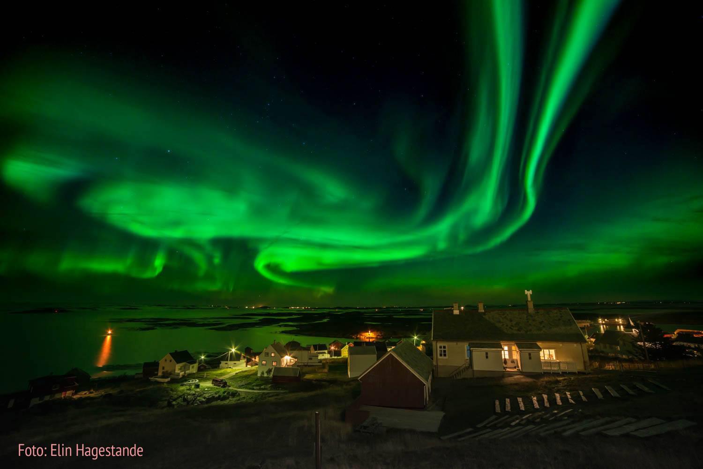 Nordlyset på Sula er magisk. Copyright: Elin Hagestande