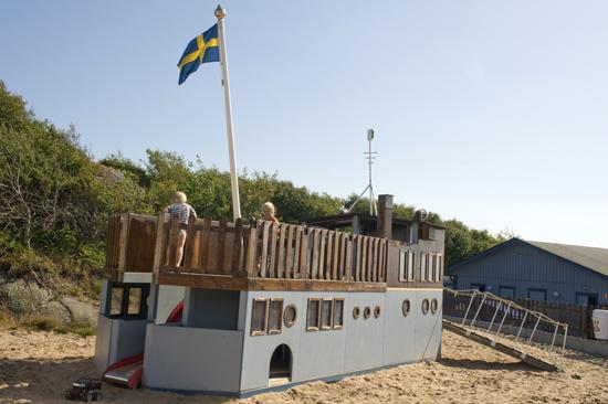 Lekplats med piratskepp