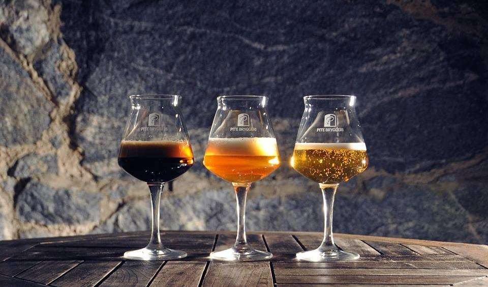 Fyllda glas Bryggerikällaren, Bryggerikällaren, fotograf Sofia Wellborg