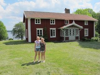 Gården Sjö i Unnaryd har plats för minst 32 personer.
