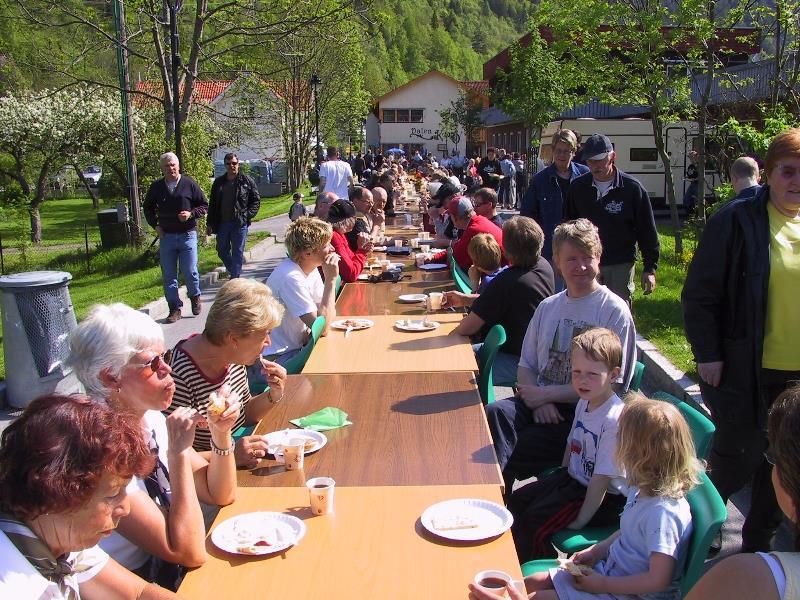 Oldemors Gatefrukost - Vest-Telemark.no