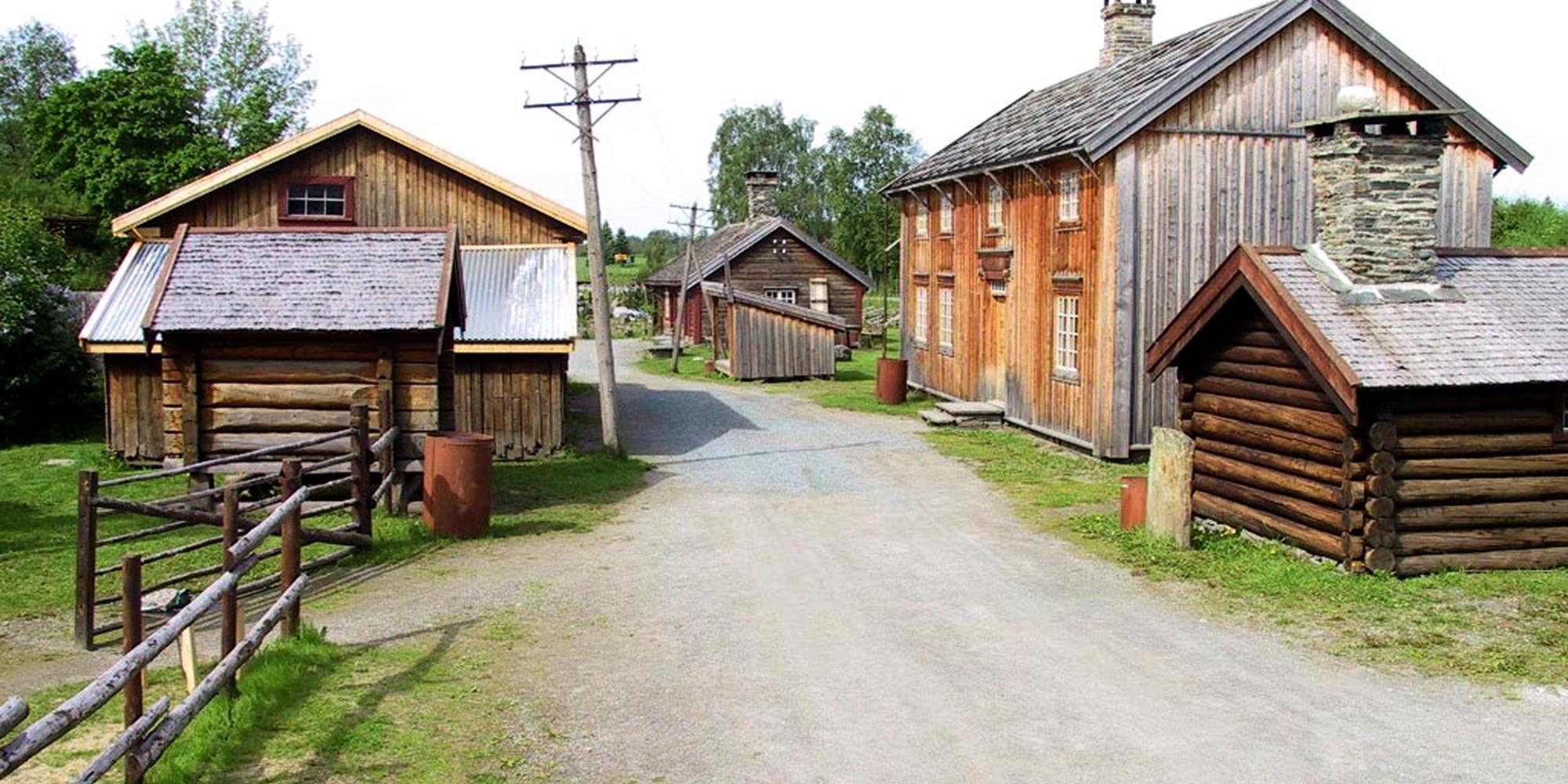 Stiklestad Nasjonale Kultursenter - The folk museum With several building. Copyright: Stiklestad Nasjonale Kultursenter