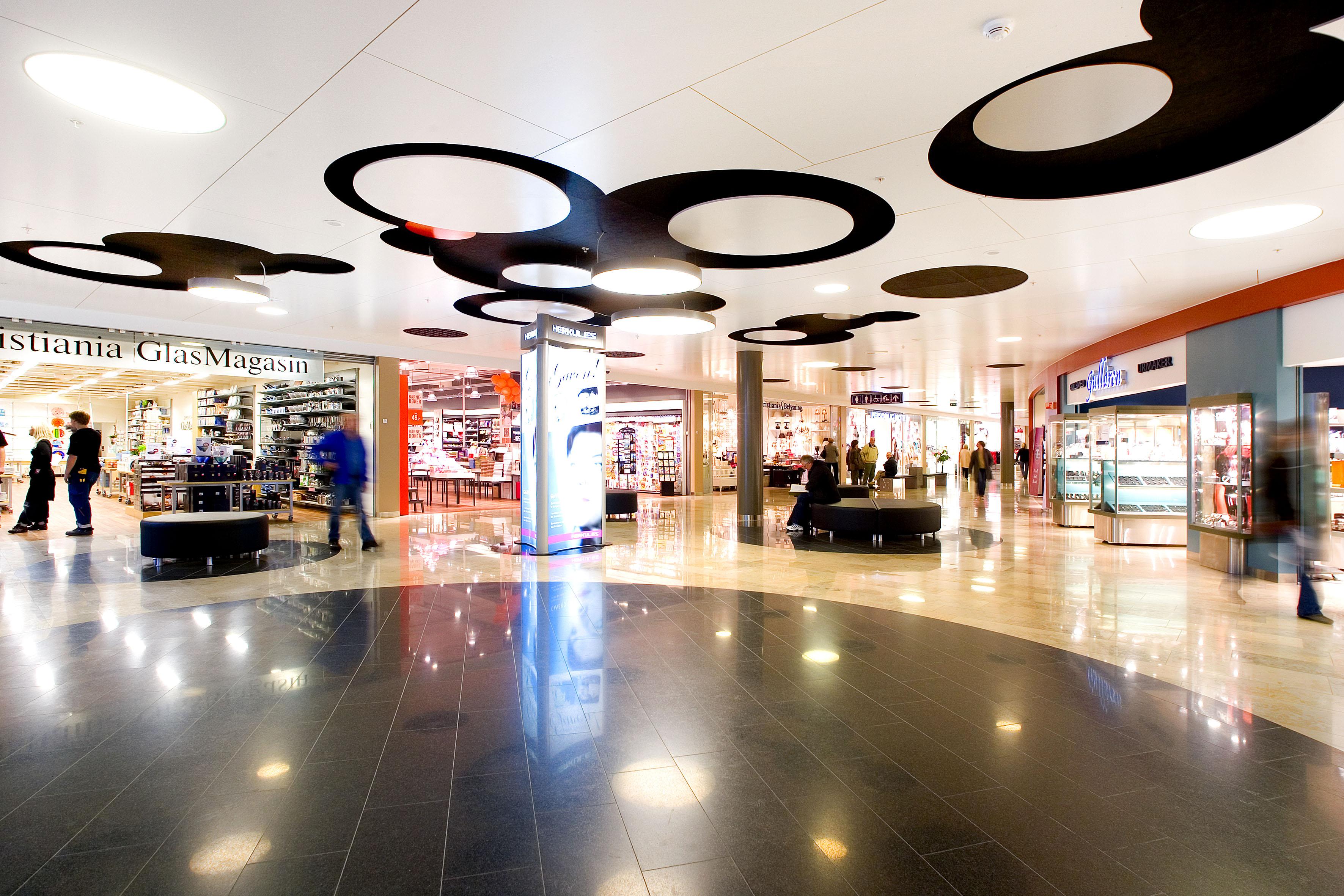Telemarks største kjøpesenter med 110 butikker, © Herkules Senter