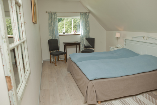 Varje rum på Hotell Hovgård har sin egen atmosfär och alla rum har egen dusch och toalett samt TV