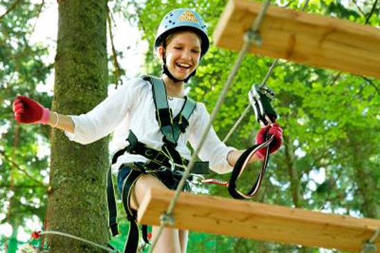 Upzone Äventyrspark i Ullared är öppen för alla från 8 års ålder.