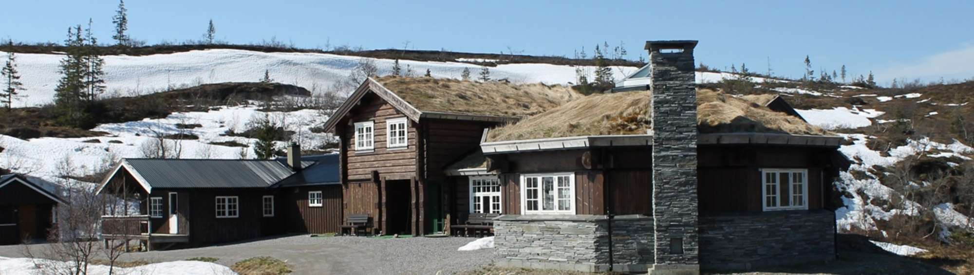Ismenningen Lodge & Cabin rental - viewed from the front. Copyright: Ismenningen