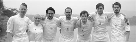 """""""Mat fra det vide land"""" - Smaksmeny med 12 retter tryllet frem av noen av Norges beste kokker."""