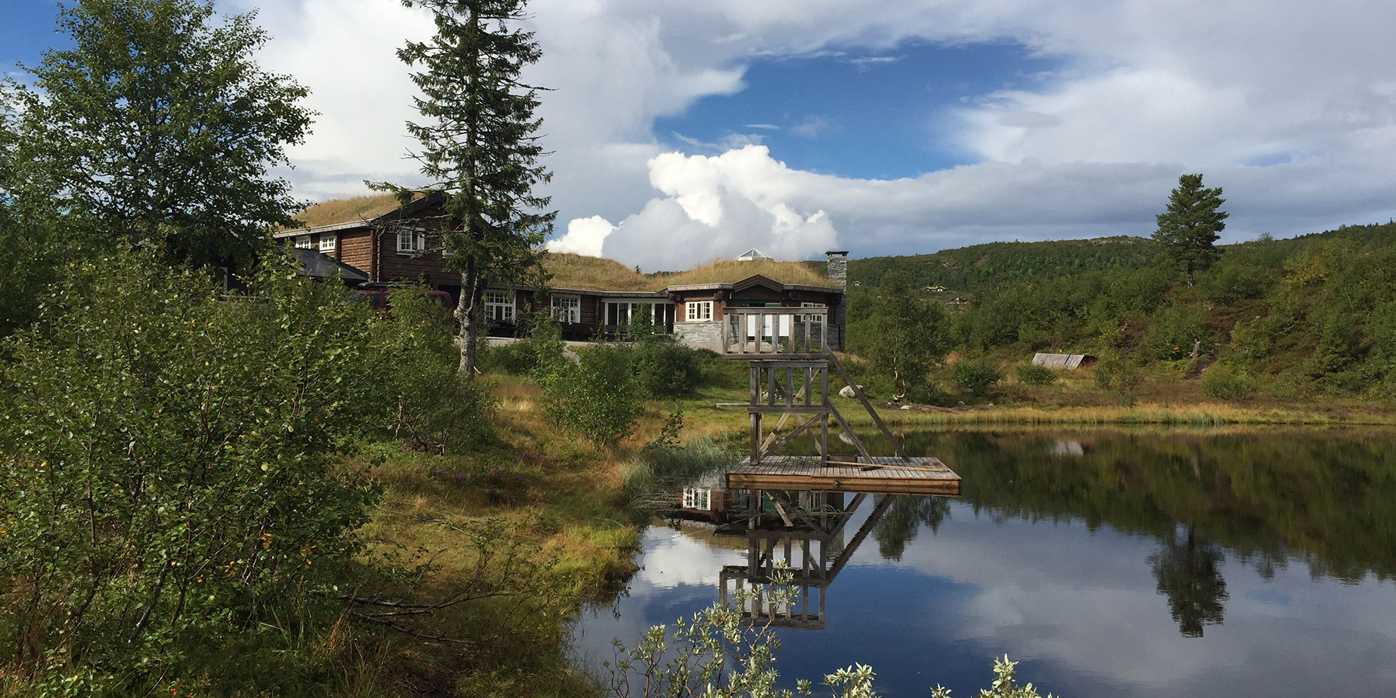 Ismenningen Lodge & Cabin rental in summer. Copyright: Ismenningen