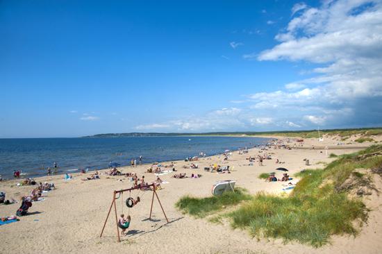 Vilshärads Camping ligger vackert, nära till strand, hav och naturreservat