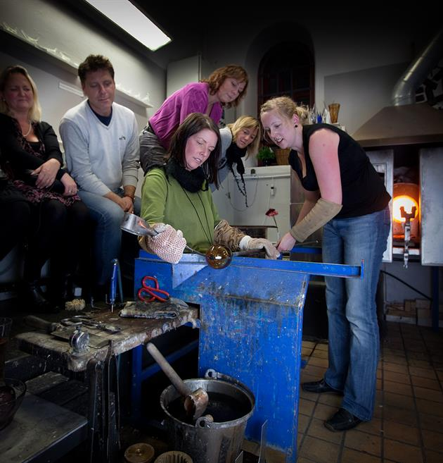 Glastillverkning - Heta Hyttan glasbruk