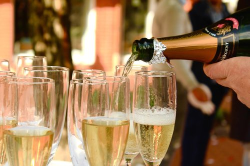 Champagne och ostron, Ångbryggeriet
