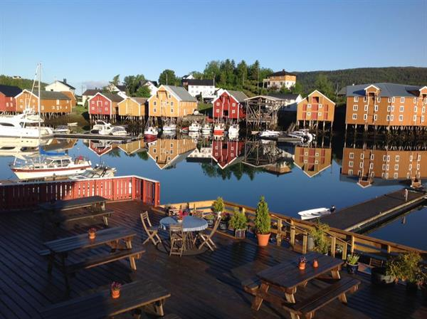 The wharf buildings i Råkvåg