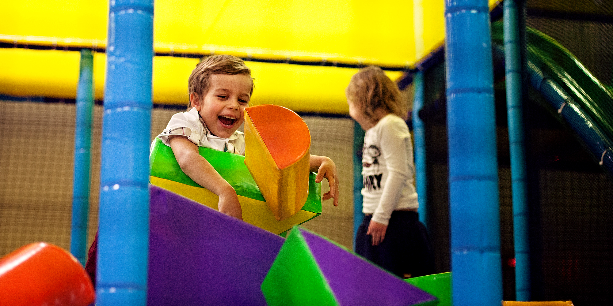 Lykkeland, a play centre in Steinkjer - boy in play. Copyright: Lykkeland