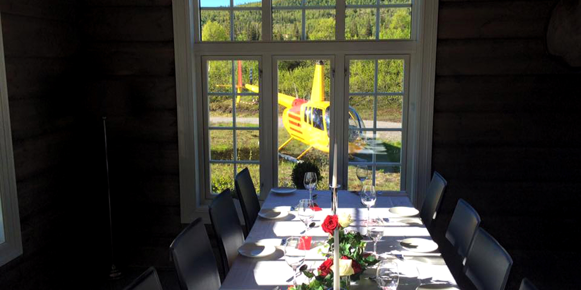Ismenningen Lodge & Cabin rental - guests can arrive by helicopter. Copyright: Ismenningen