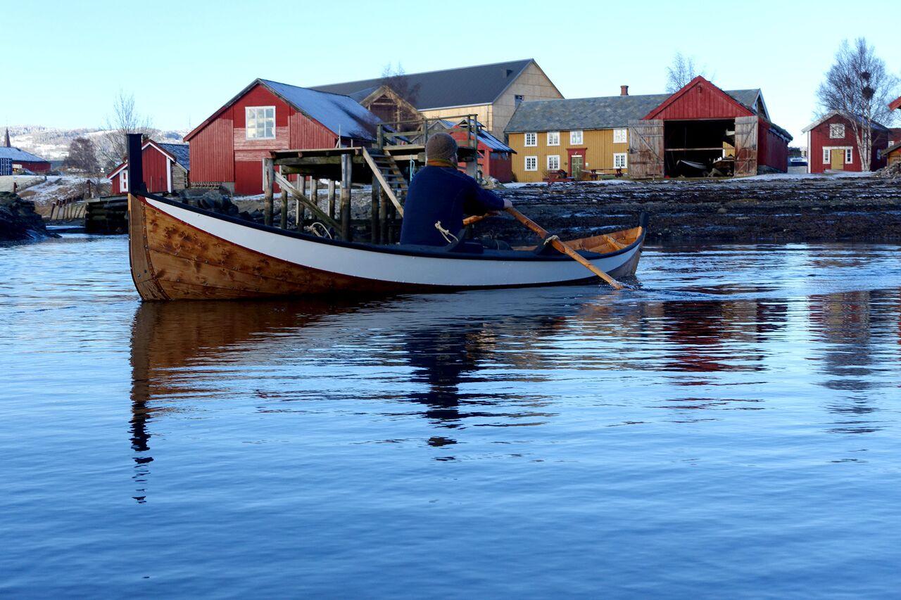 Roing i tradisjonsbåter på Museet Kystens Arv